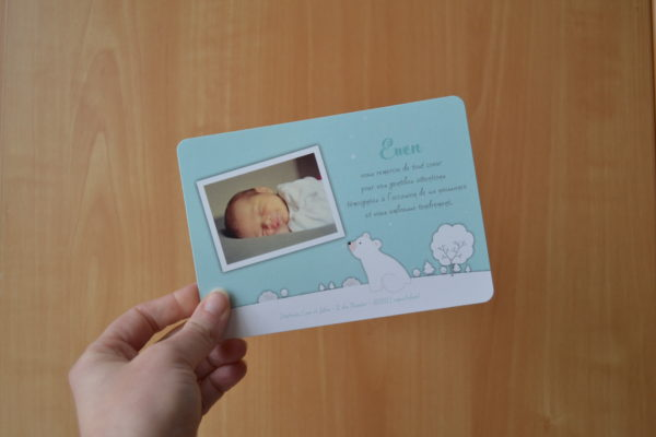Carte pour annoncer la naissance de bébé